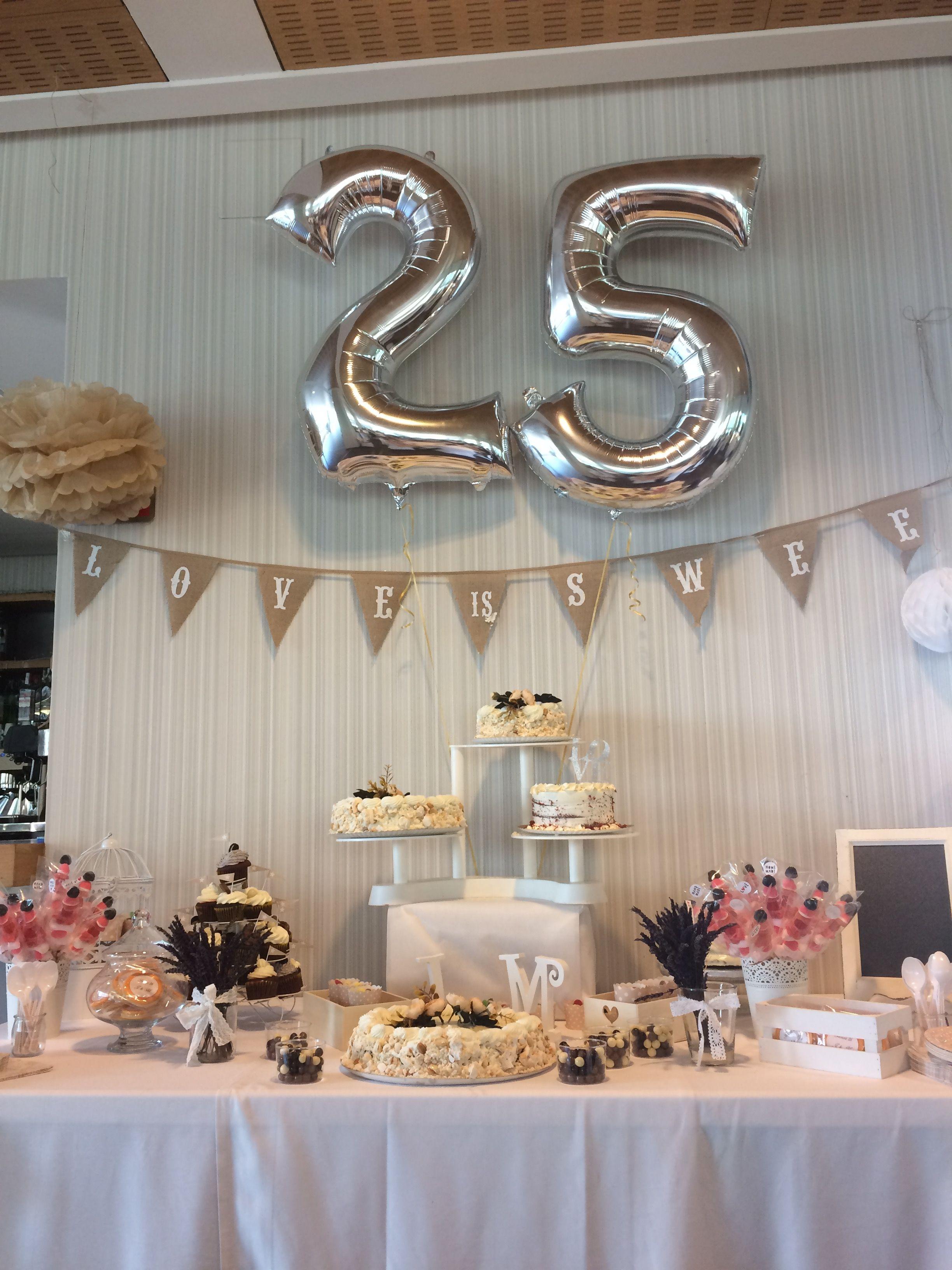 Mesa dulce bodas de plata candy bar pinterest mesa for Decoracion para aniversario