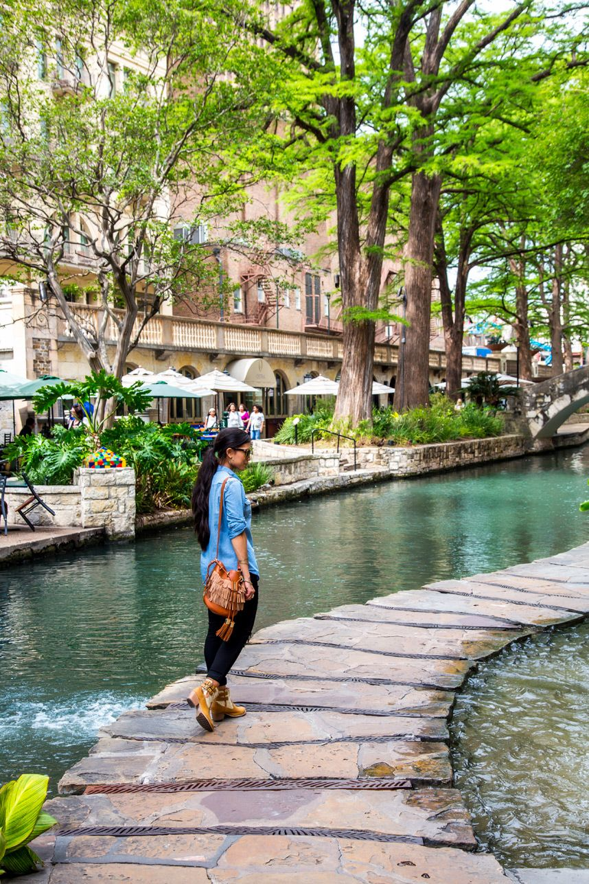 San Antonio Riverwalk - The Best Things to Do, Tra