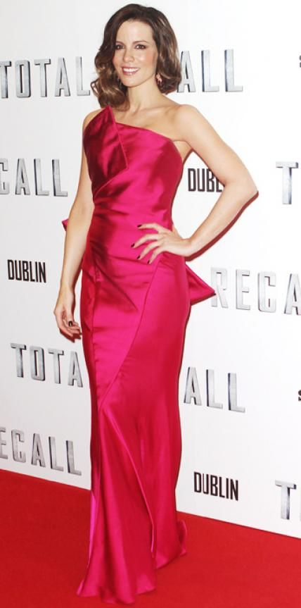 Look of the Day › August 15, 2012 WHAT SHE WORE At the Dublin Total Recall premiere, Beckinsale arrived in a red Donna Karan gown and ruby Graziela earrings.