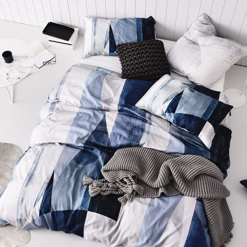Browse Our Luxury Designed Quilt Covers Cover Sets Coverlets Made From Premium Fabrics Select From A Collection Of Styles Colours In Single To Super King Sizes Linen Bedding Quilt