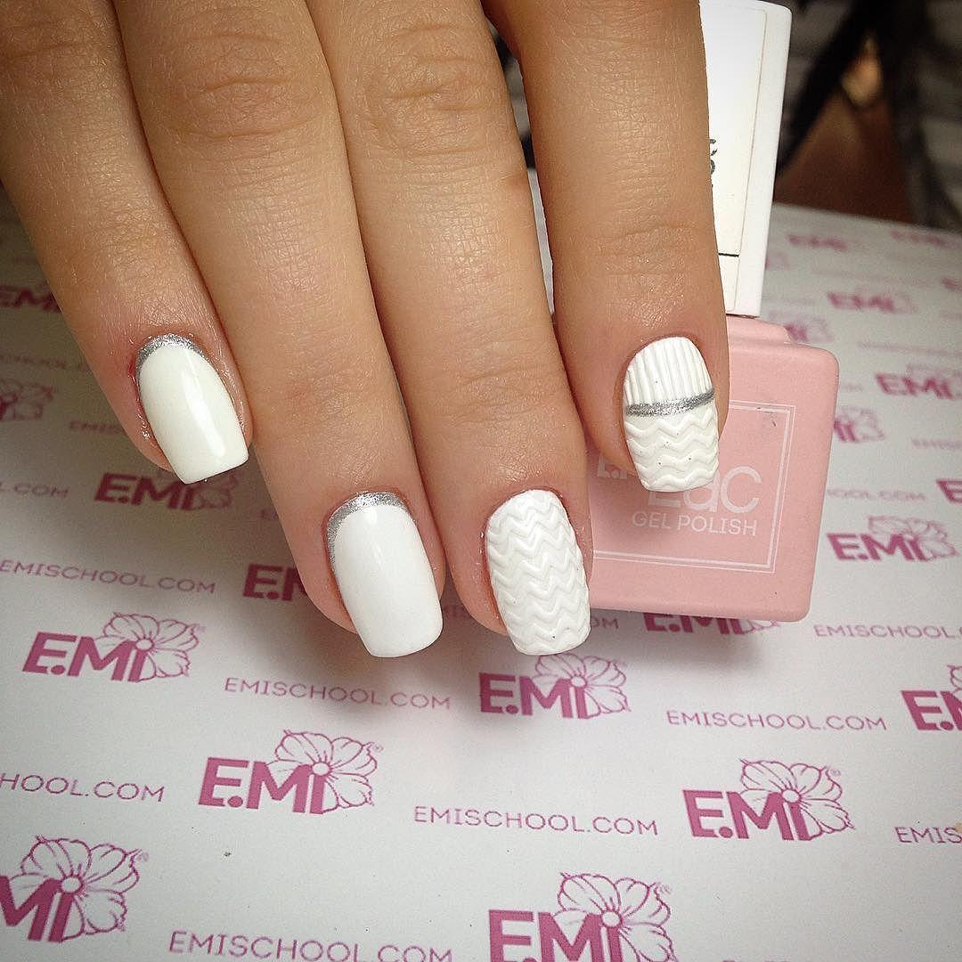 Удивительно дизайн ногтей Emi