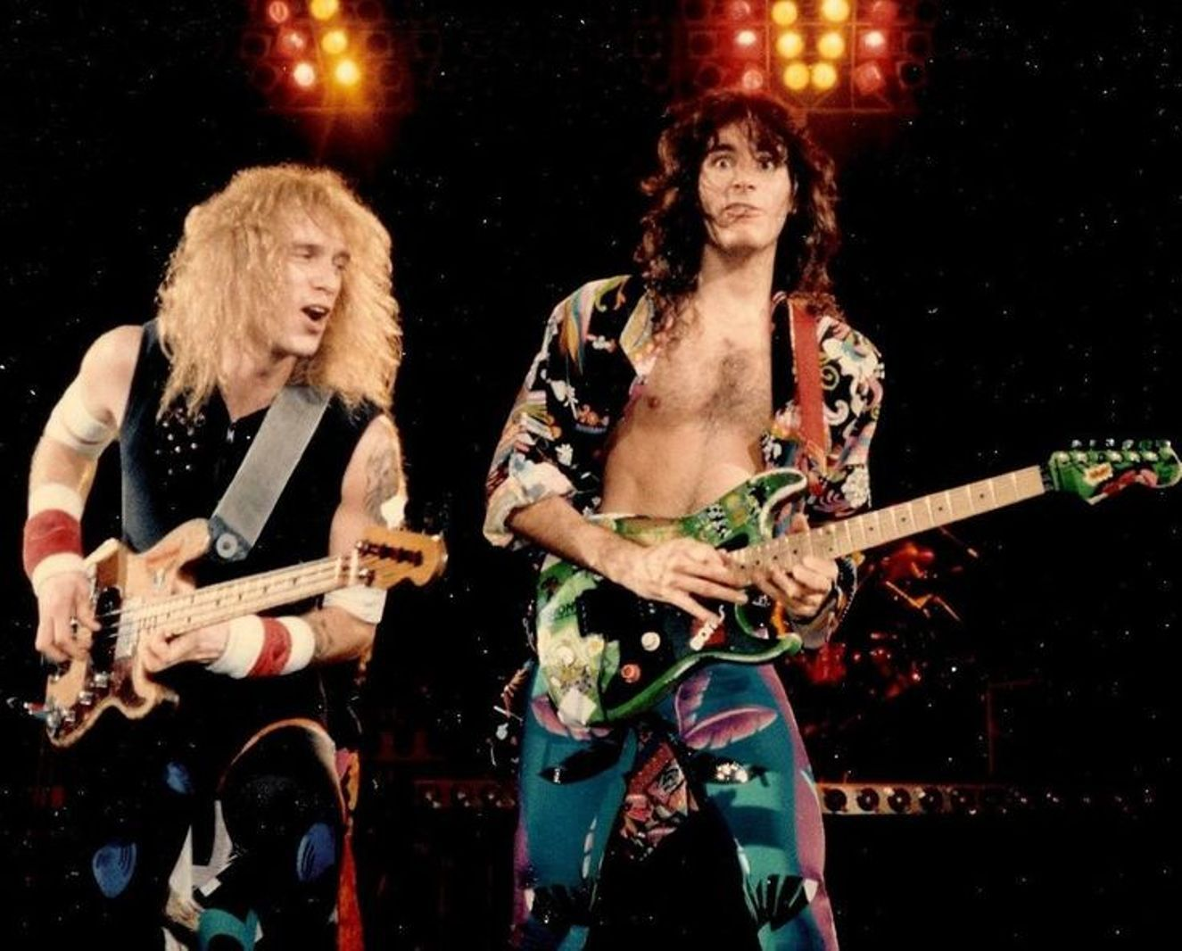 Billy Sheehan Steve Vai On Stage With Dlr Band 1986 Steve Vai Billy Sheehan David Lee Roth