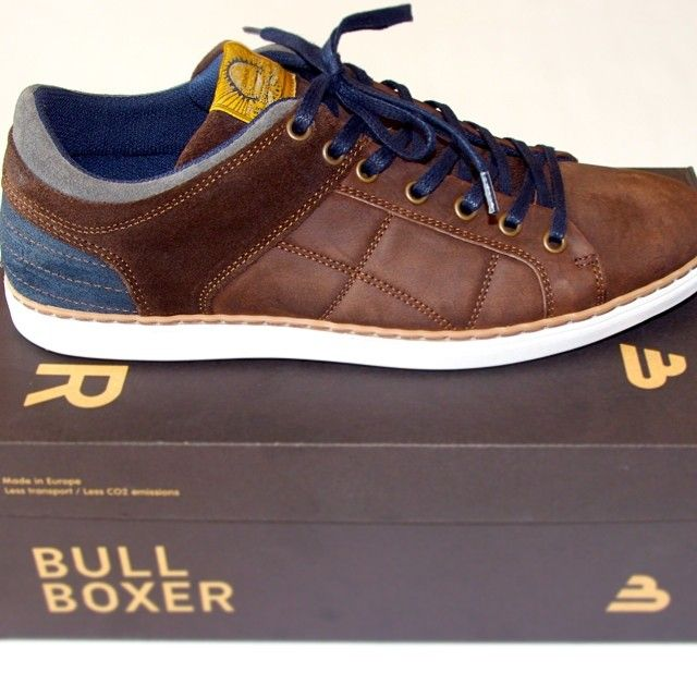 Street Style / Bullboxer Shoes From @theomayeur
