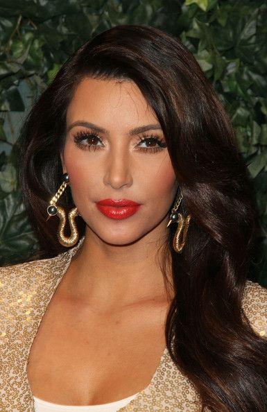 Kim kardashian red lips