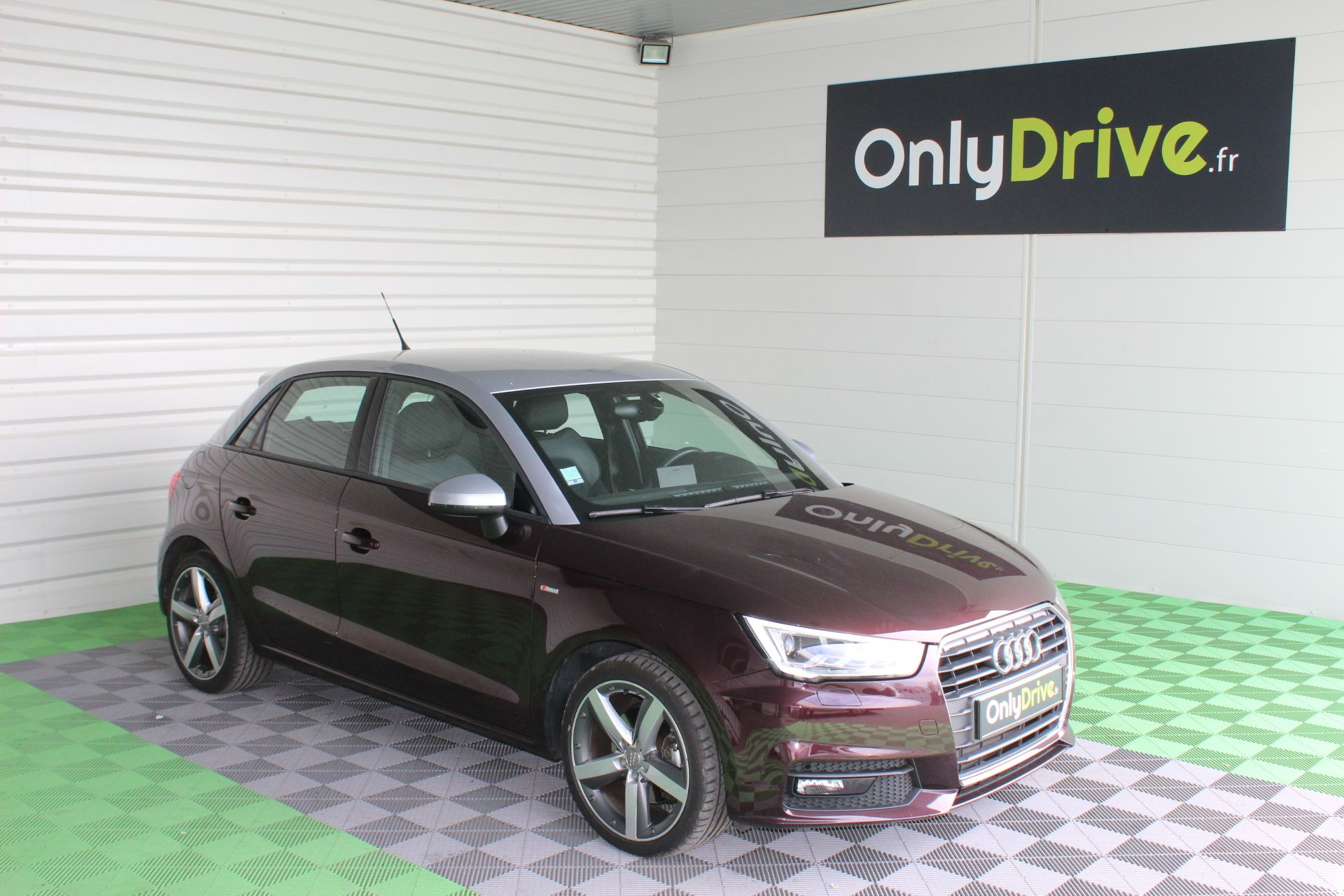 Audi A1 Sportback 1 6 Tdi 116 S Tronic 7 S Line Bordeaux 2015