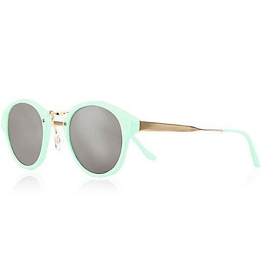 lunettes de soleil r tro vert menthe effet miroir lunettes de soleil r tro lunettes de. Black Bedroom Furniture Sets. Home Design Ideas