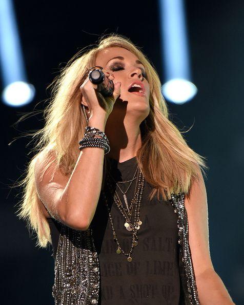 Carrie Underwood CMA Fest 2015 @blownxawayx94