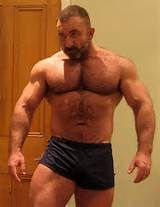 Hot muscle daddy