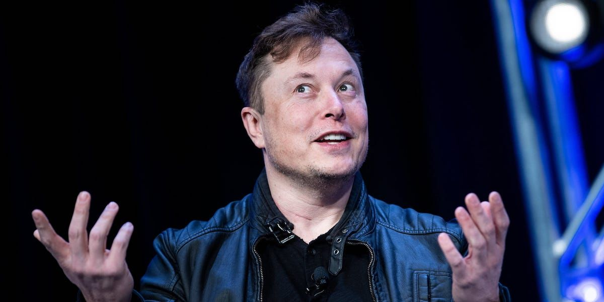 Elon Musk Says His Neuralink Brain Chip Could Be Ready For A Human Patient Within A Year The Chip Could Help With Brain Injuries He In 2020 Elon Musk Tesla Tesla Ceo