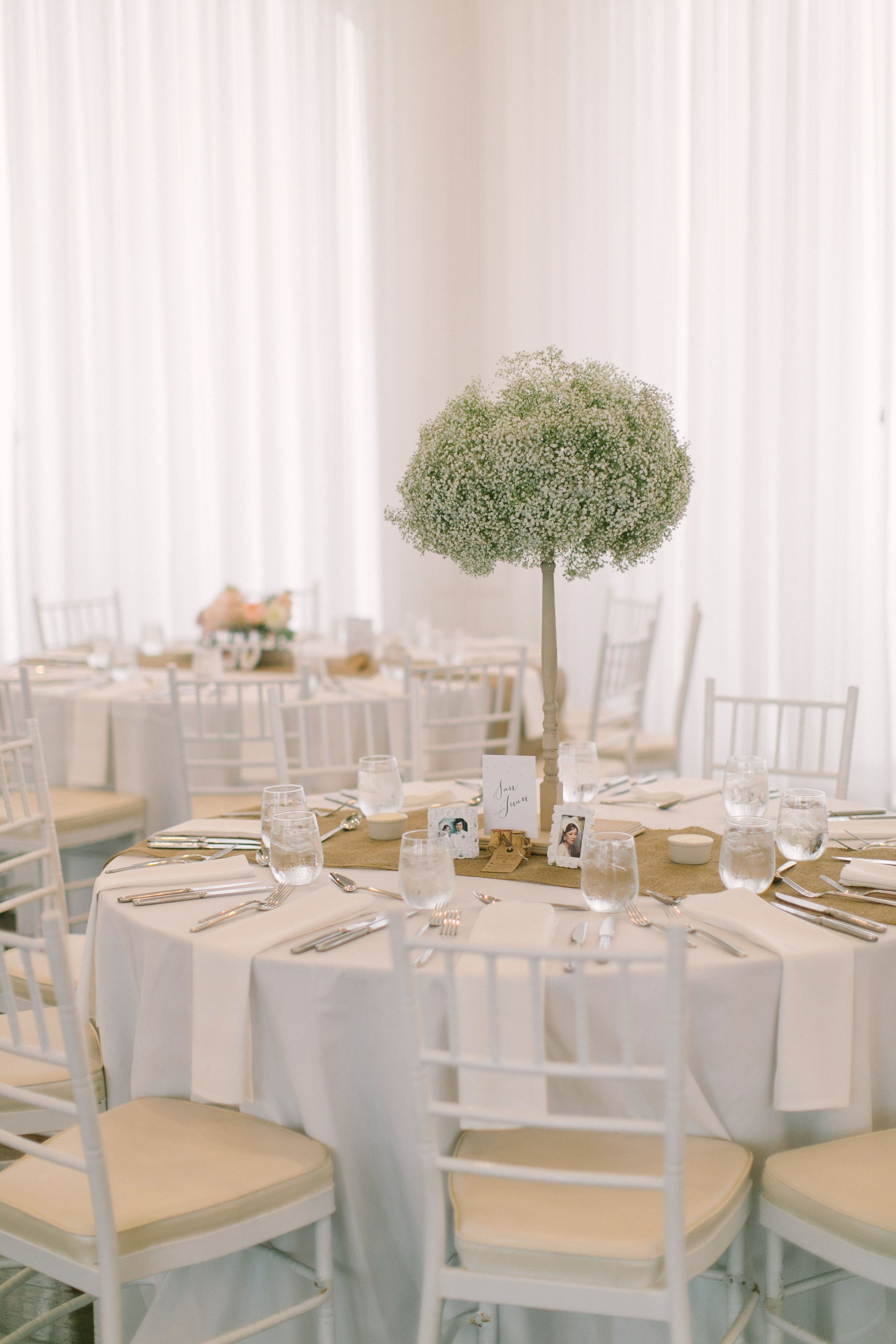 #table-settings, #babys-breathPhotography: Ruth Eileen Photography - rutheileenphotography.comRead More: http://stylemepretty.com/2013/10/16/newport-wedding-from-ruth-eileen-photography/