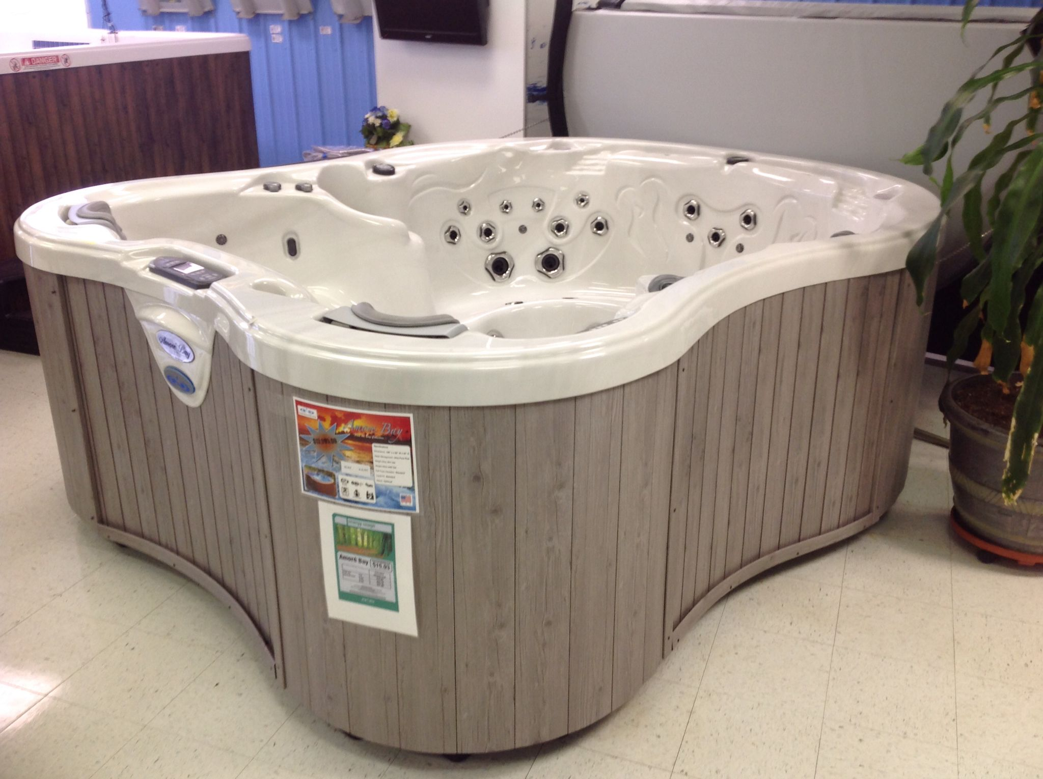 Jacuzzi Pool Dimensions Dimension One Amore Bay Showroom Spas Jacuzzi Bathtub