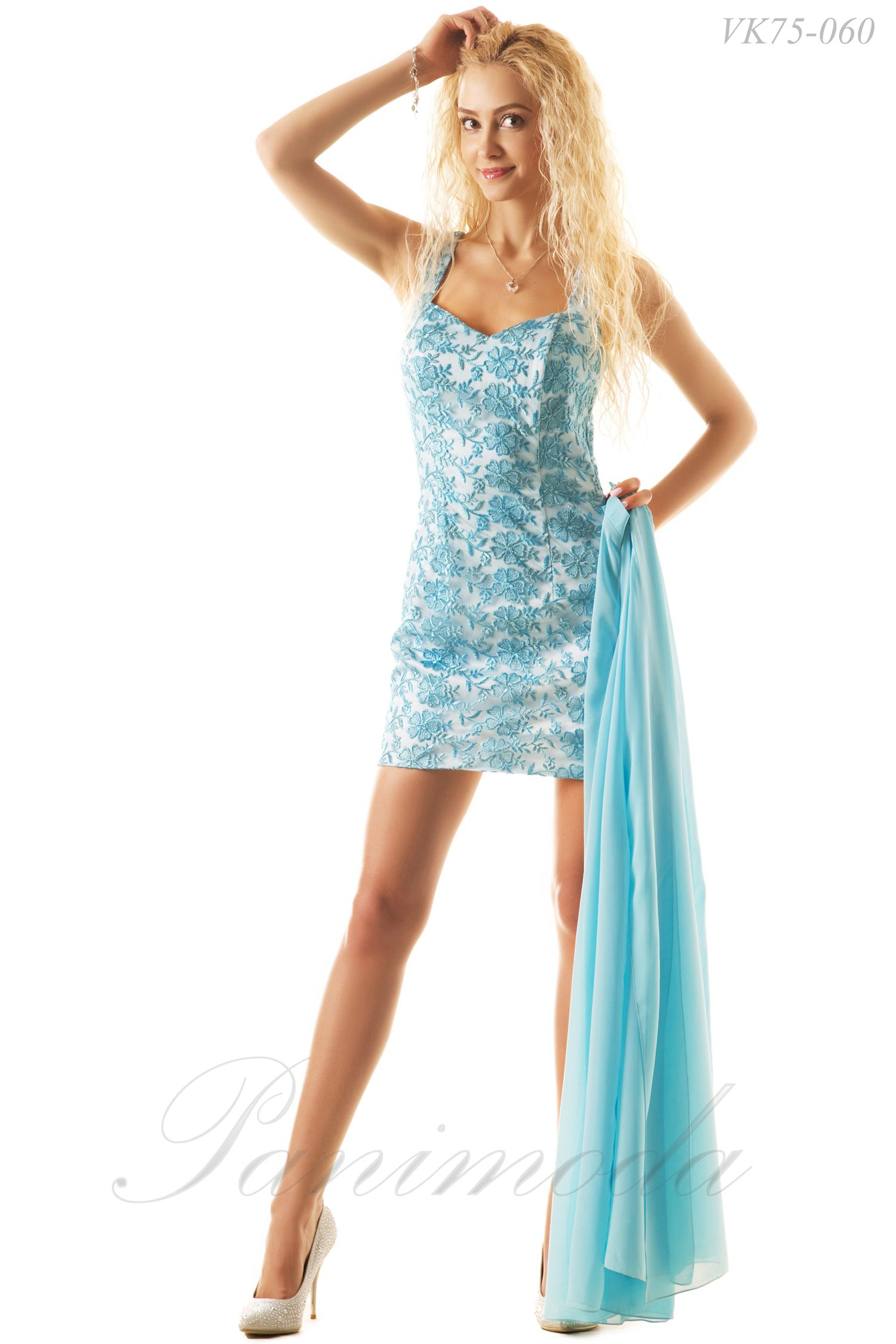 7f5f9002ff8 Корсетное платье из гипюра на широких бретельках со съемной юбкой из мульти  шифона. Сочетание гипюра