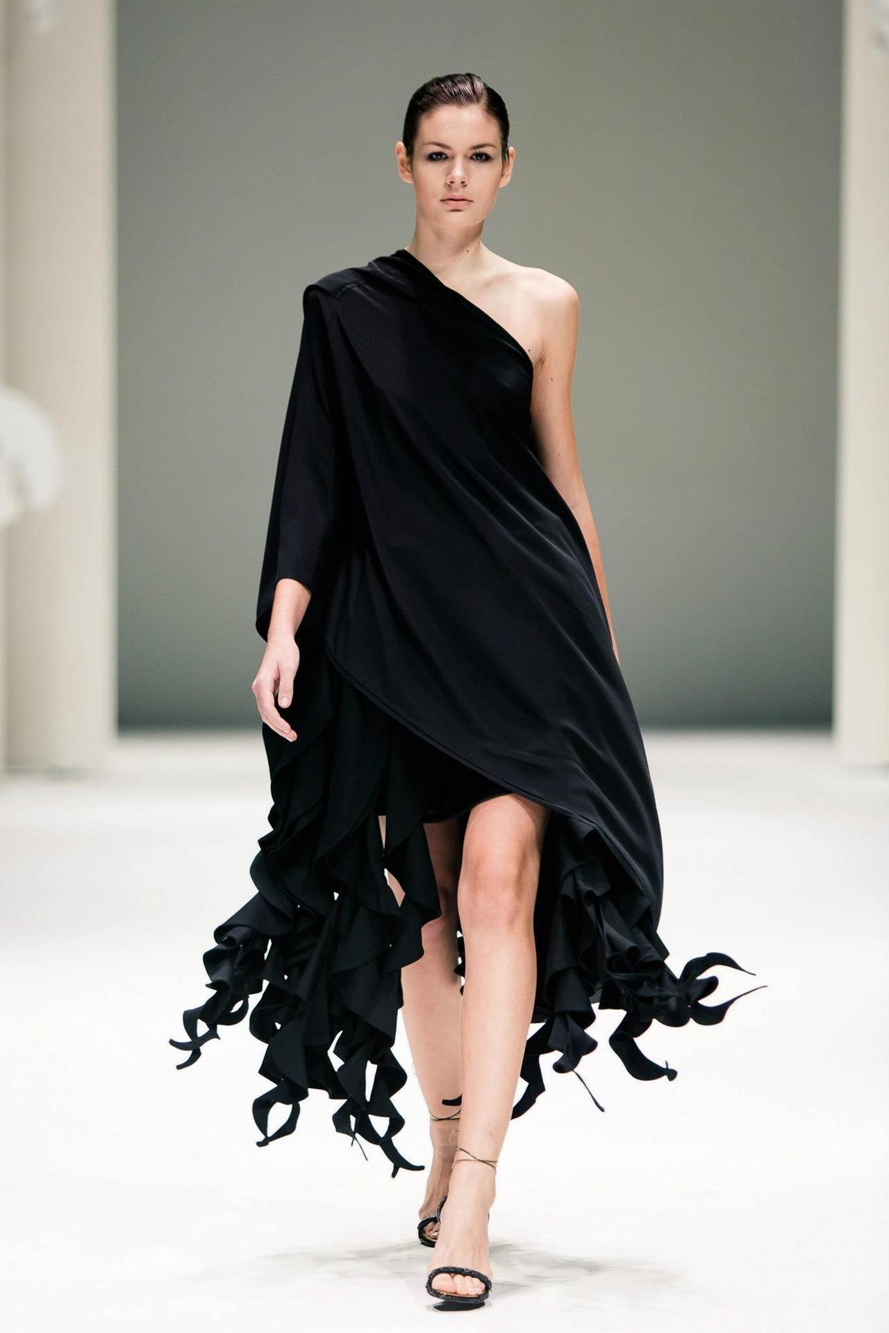 Between Craftsmanship & Industrial Design At Fide Fashion Week 2012 ...
