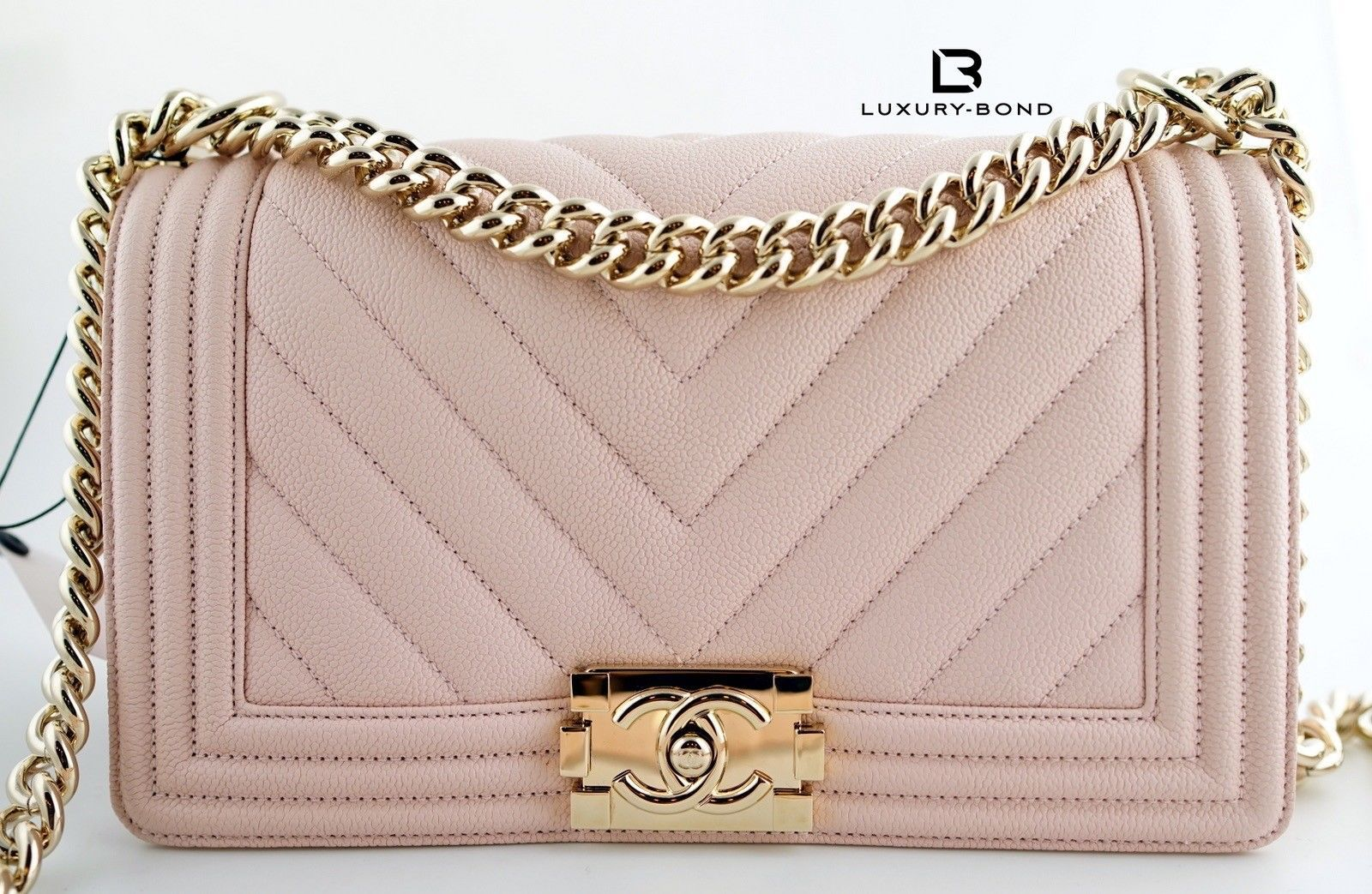 f8167ea6c46d NWT CHANEL Le Boy CHEVRON Old Medium CAVIAR Flap Bag Nude Beige Gold hrdwr  17K