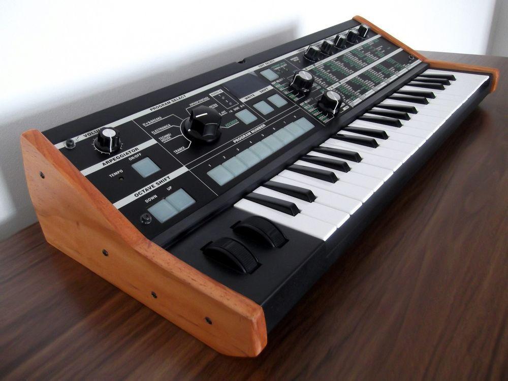 CUST OM Korg Microkorg Synthesizer & Vocoder / Korg microKEIO  Synth