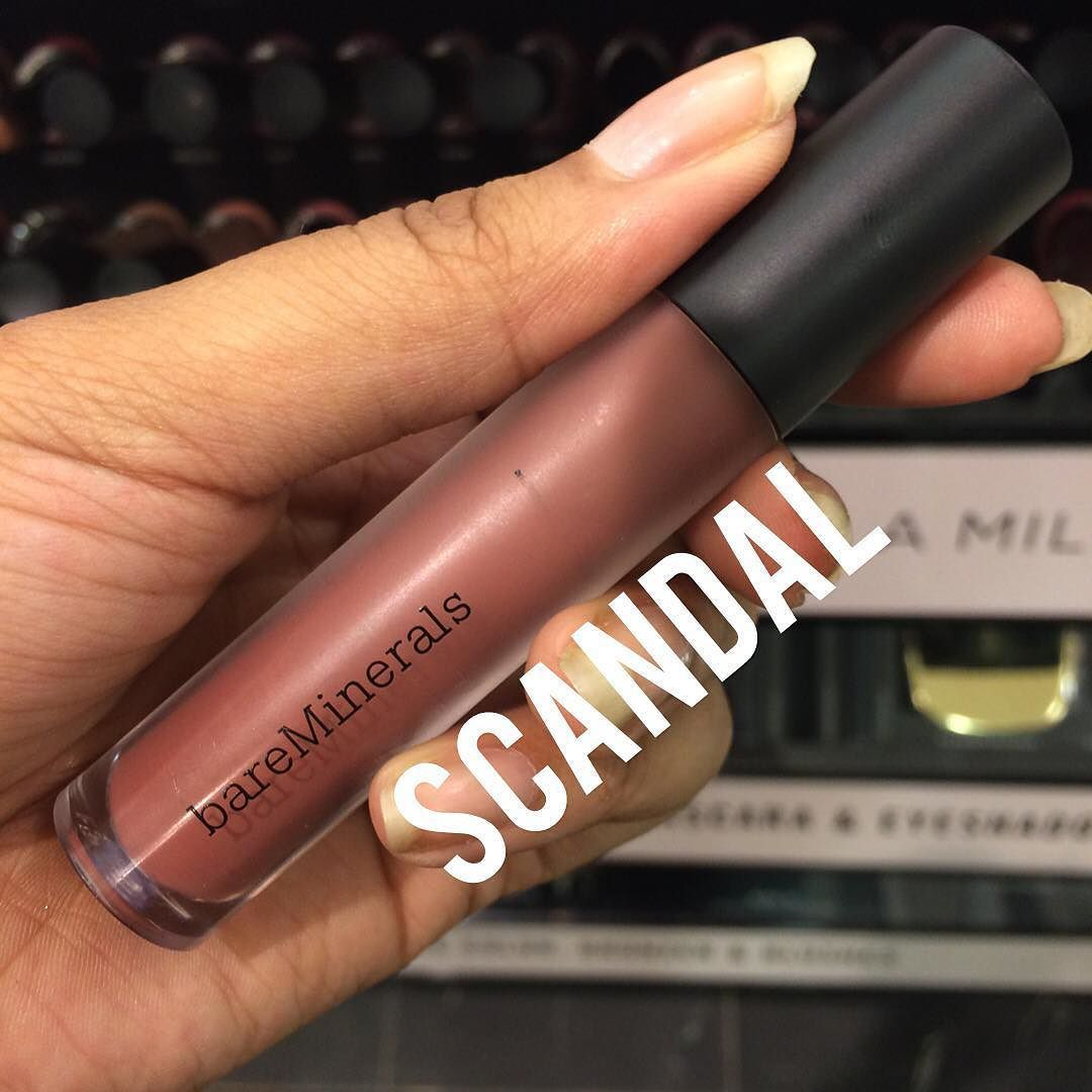 Ok this shade from @bareminerals is gorgeous but seriously where are the deeper shades #bareminerals???! -- #makeup #makeuplover #makeupmafia #makeupjunkie #makeupaddict #makeupaddicts #beauty #beautyjunkie #beautylover #beautyaddict #nc50 #nc45 #blackgirls #blackbeauty #woc
