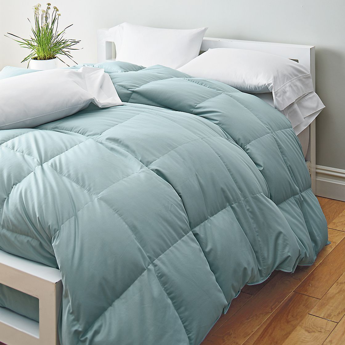 down vs. down alternative comforter | house | Pinterest ... : quilt vs comforter vs duvet - Adamdwight.com