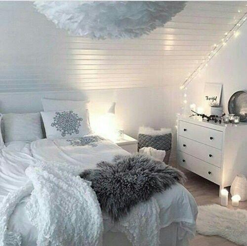 Imagem De White Bed And Bedroom Sleep Pinterest Bedrooms - Girls bedroom fairy lights