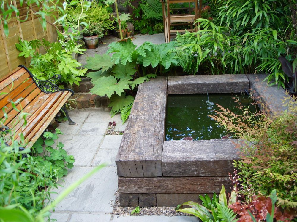 if you have to use wood, I like it rustic | fish pond | Pinterest ...