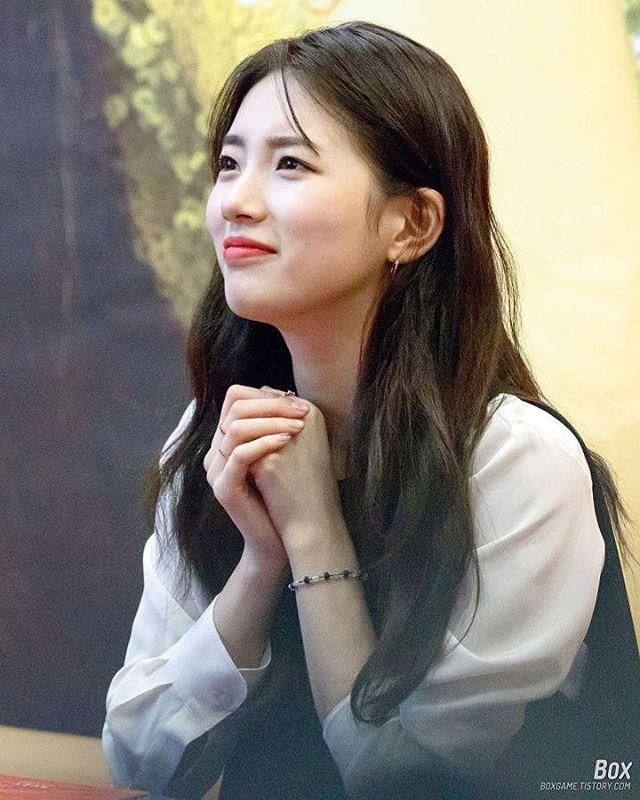 Pic 170131 Suzy Solo Album Fansign Event 행복한척 수지solo Pretend 오늘밤 Yesnomaybe Yesno Suzysolo 숮이 배수지 수지 Suzy Baesuzy