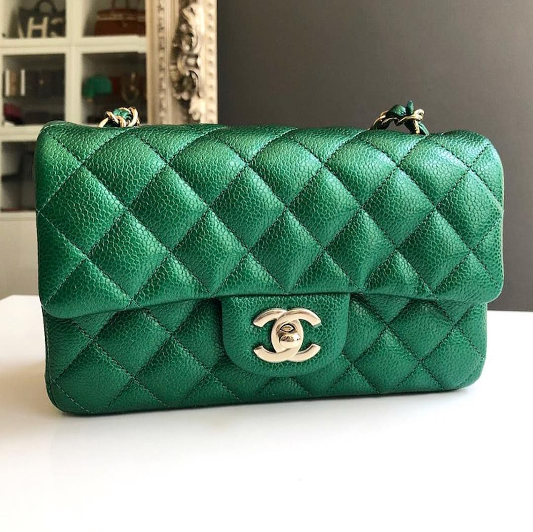 9710361a5b40 Image result for chanel emerald green passport holder | BD Presents 2018 -  Friends ($40,800) in 2019 | Chanel, Wallet, Chanel handbags