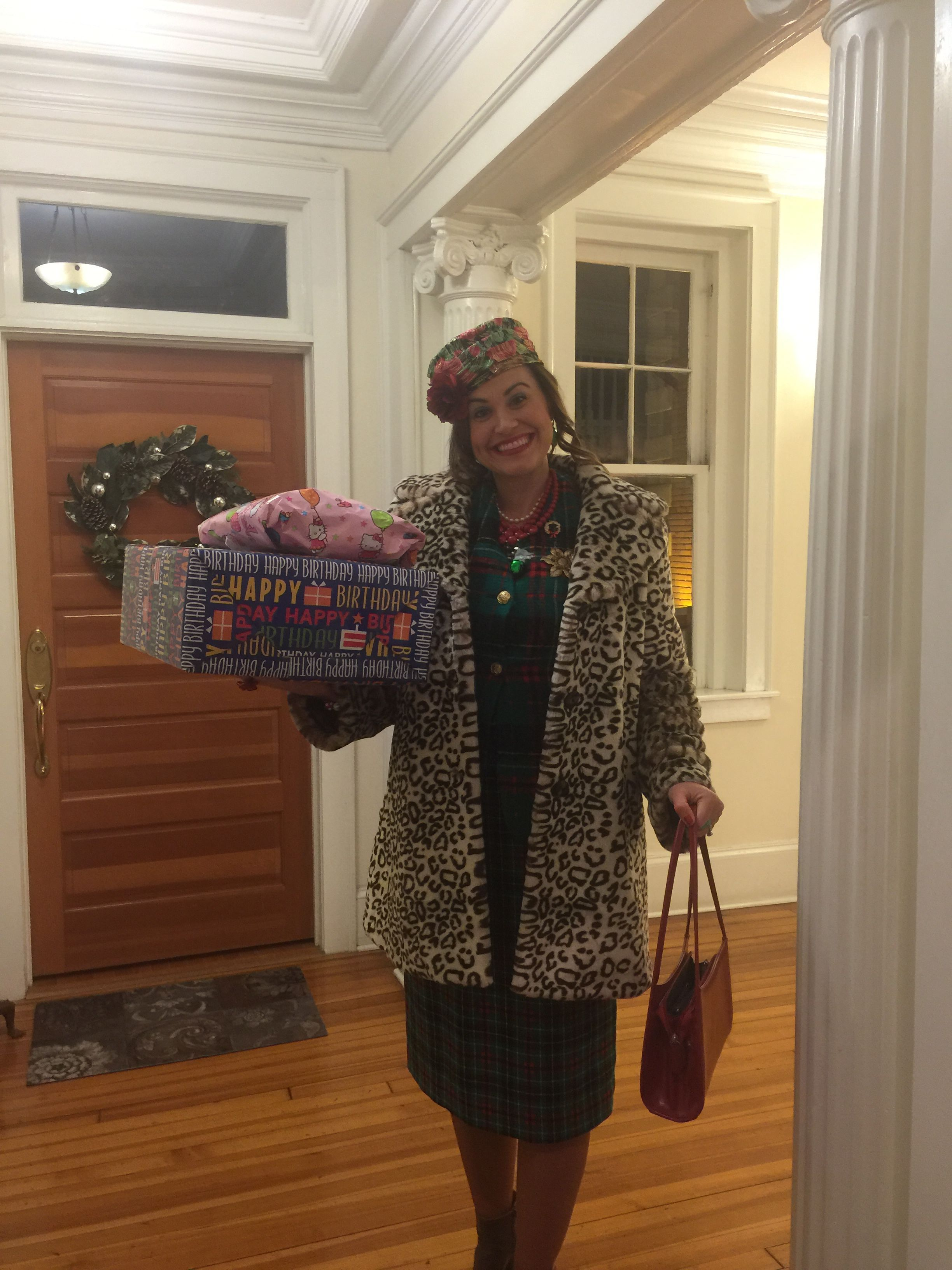National Lampoons Christmas Vacation, Aunt Bethany