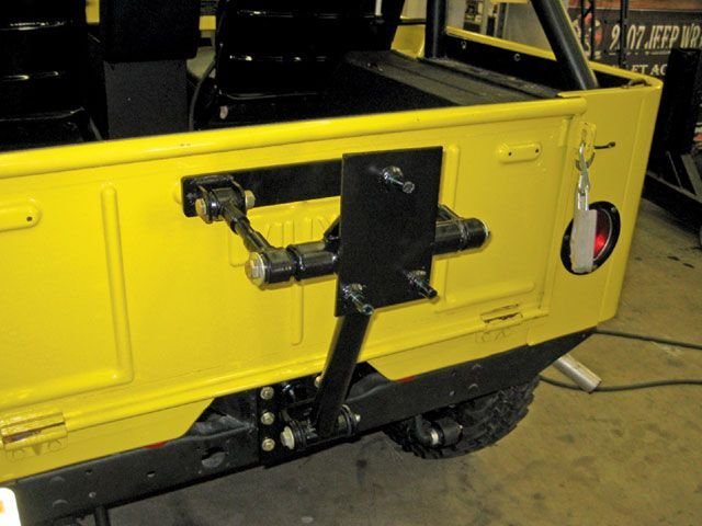 Rear Tire Carrier Ideas For Vintage Jeep Pirate4x4 Com 4x4