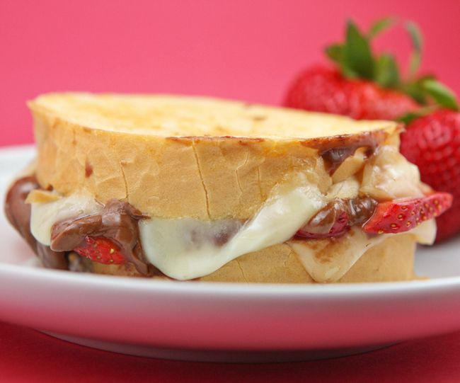 fudgy strawberry brie grilled cheese sandwich.  sounds sinfully delicious.