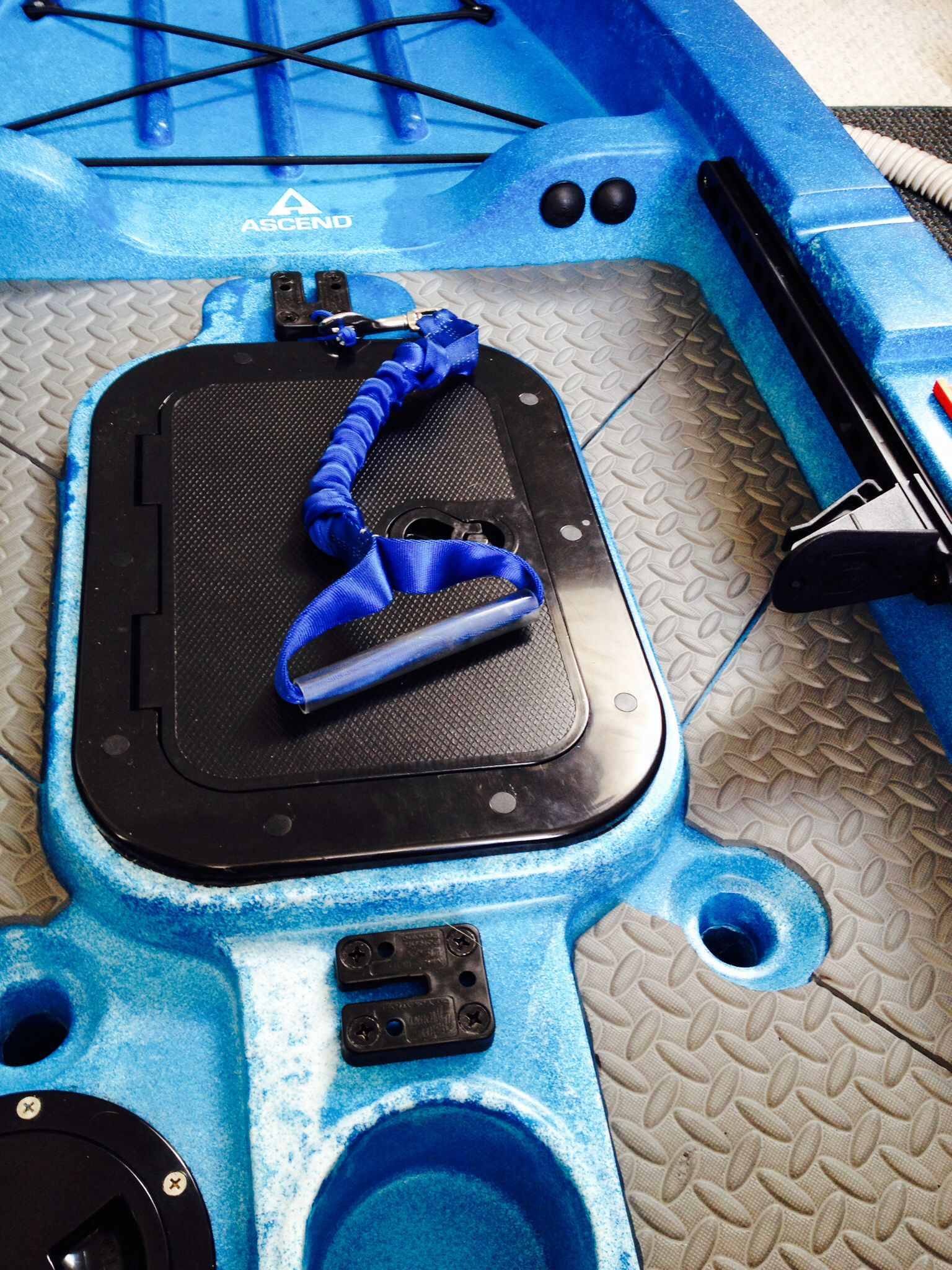 Home made silent traction mat  Bought a $30 roll 4'x8' EVA foam mat