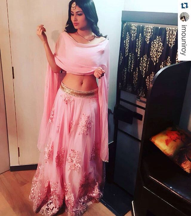 Mouni Roy NAAGIN colors tv
