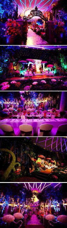 E4d9602499f95246e0886a8edf9ff45c Jpg 222 750 Pixels Alice In Wonderland Wedding Alice In Wonderland Theme Alice In Wonderland Tea Party