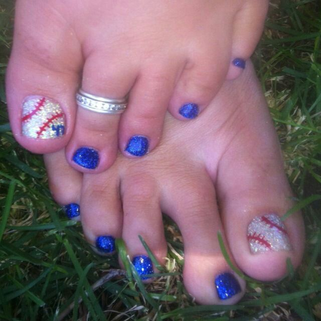 Ashlyns softball cool pinterest pedicures toe nail designs baseball toes love this i may have to do this for baseball season prinsesfo Images
