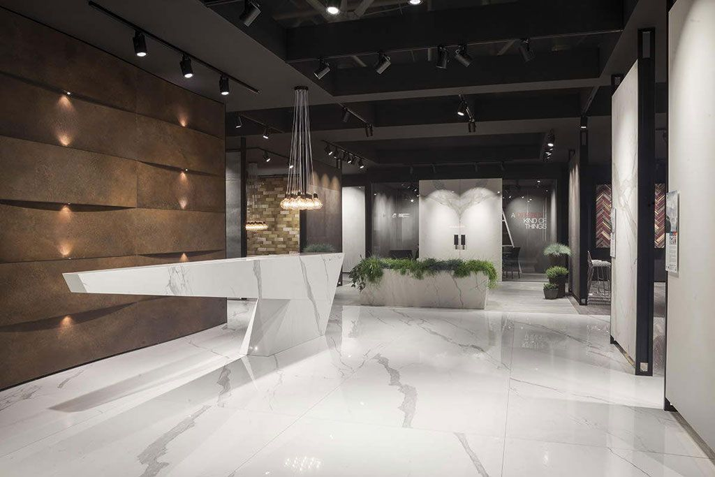 Simplicity and elegance: Trace porcelain tiles