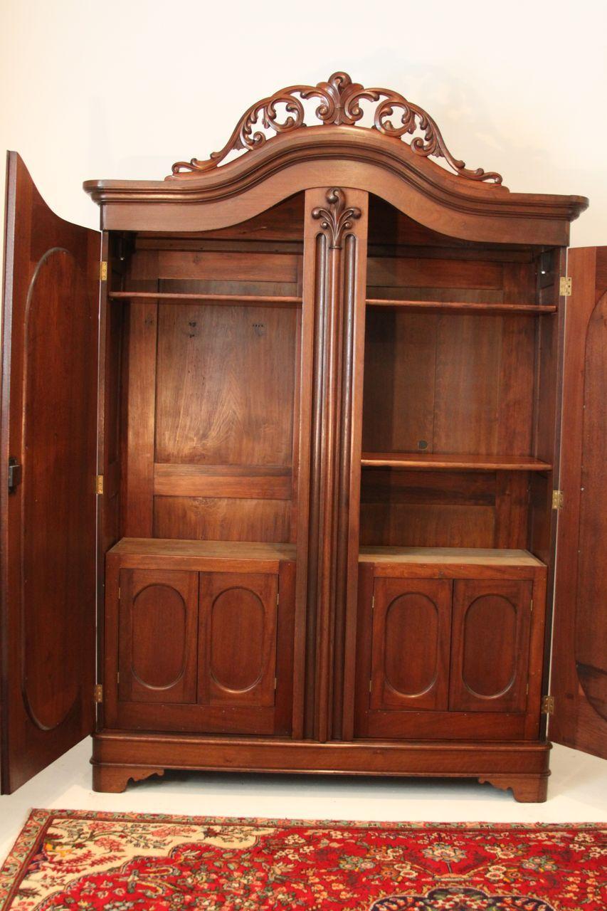 This 1850's American double door wardrobe is spectacular