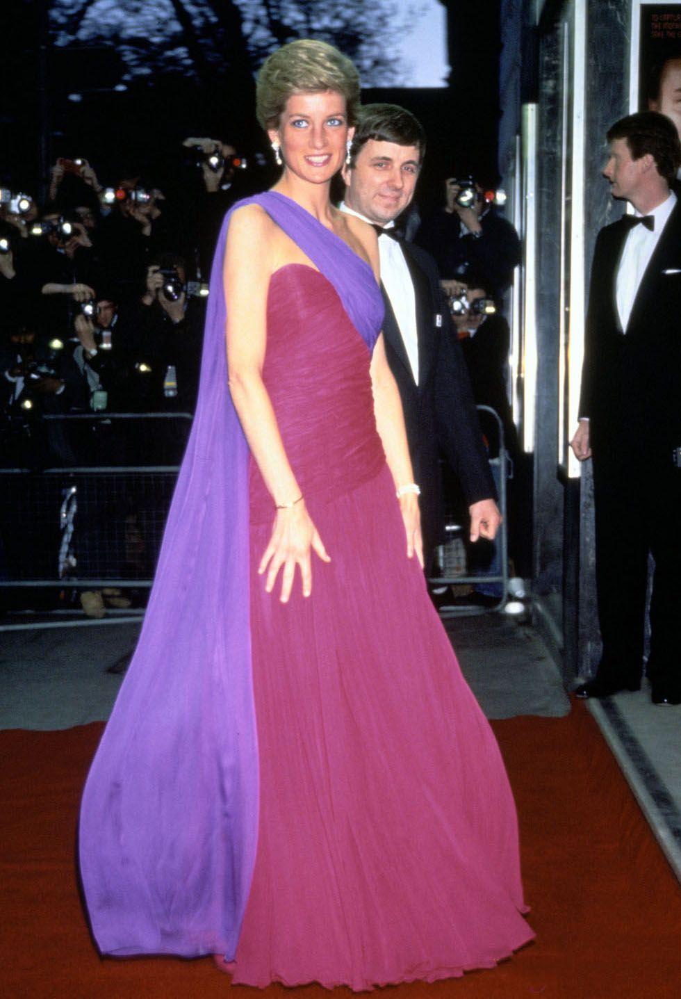 Bonito Vestido De Novia Dianas Modelo - Colección del Vestido de la ...