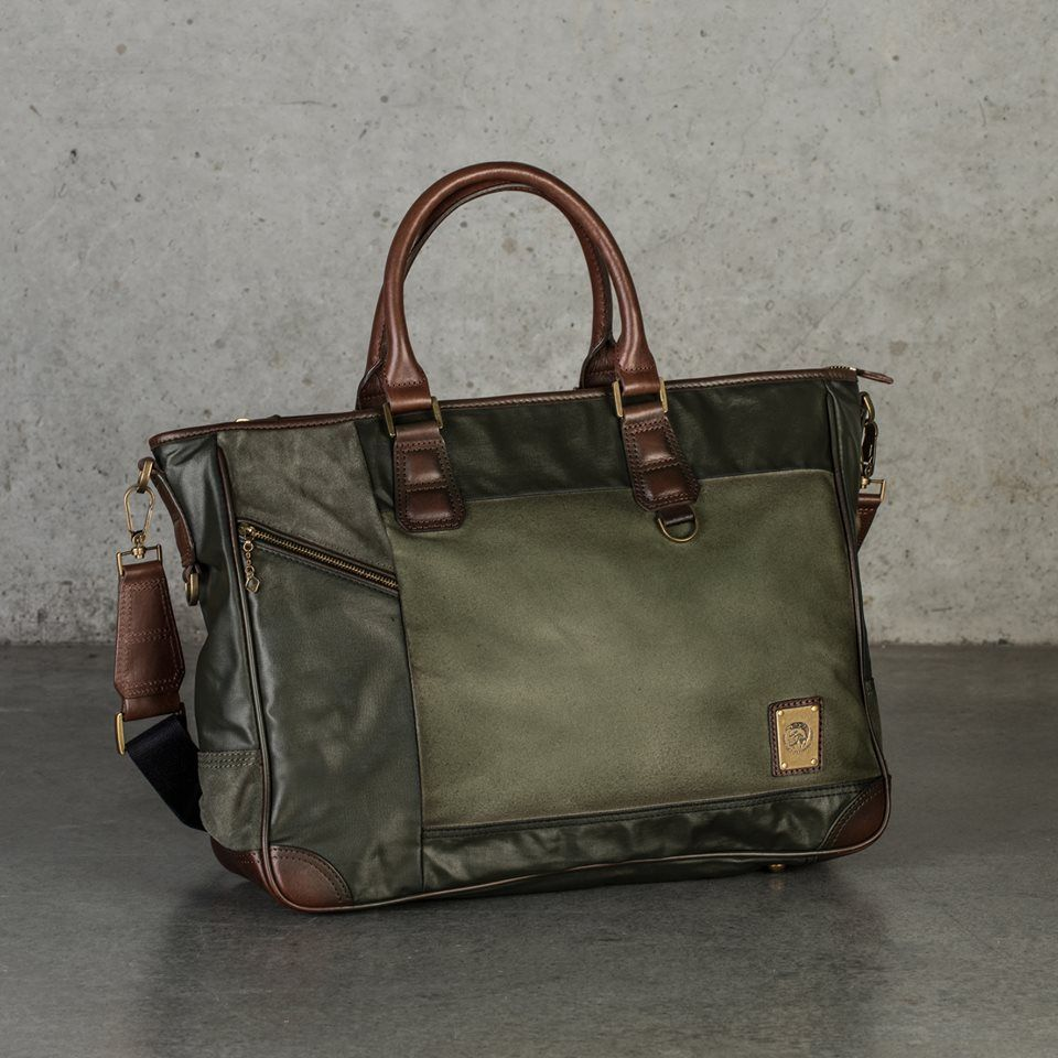 d1b0bde3d6367c Men's Accessories | Diesel | Men's Bag | Messenger | Men's ...