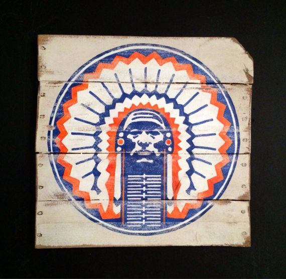 University Of Illinois Sign / Chief Illiniwek By