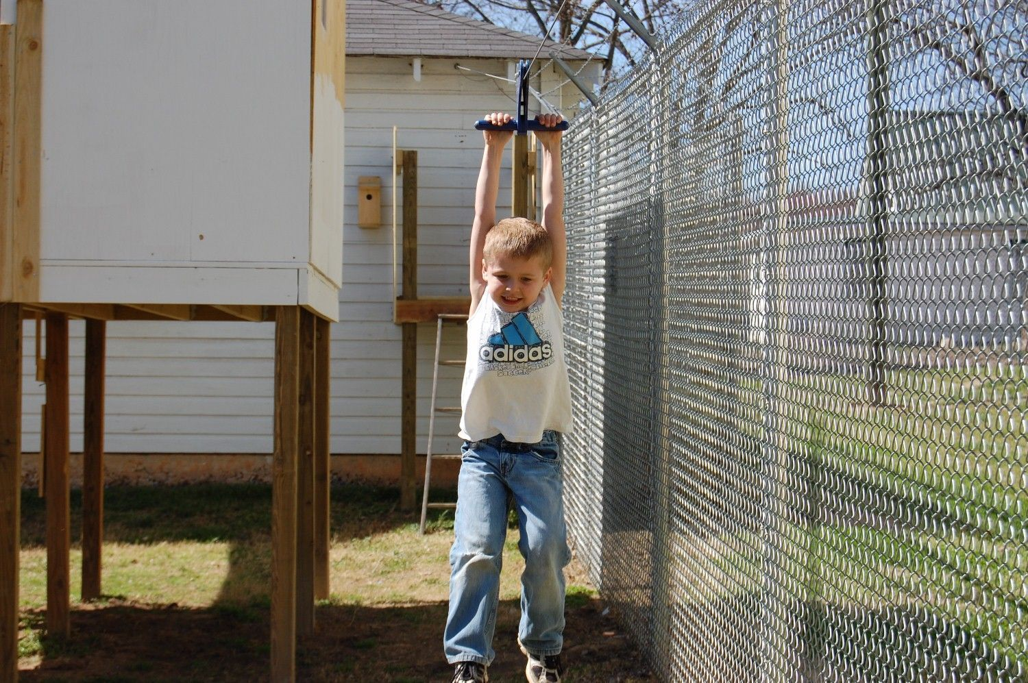 Zip line in our backyard. Great idea for the kids! They ...