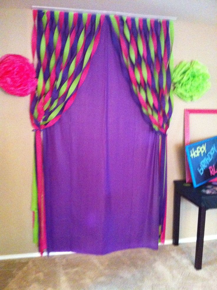 Party Decorating Ideas With Streamers back drop, table cloth and streamers.fastened the streamers to a