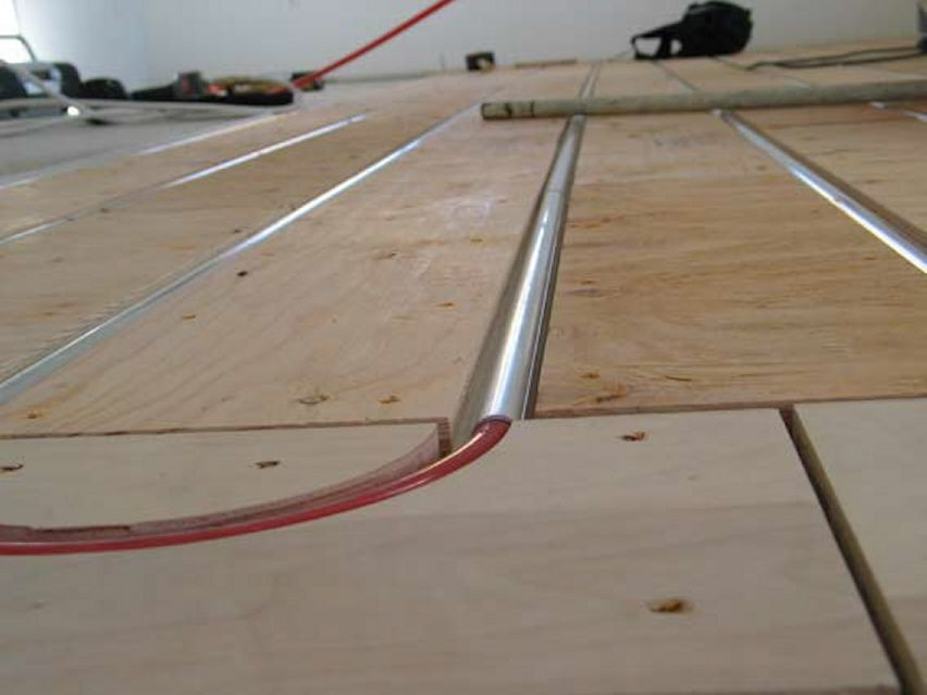 Hydronic Radiant Heated Floors Radiant Engineering Inc Http Www Radiantengineering Com Patented Prod Hydronic Radiant Heat Radiant Heat Radiant Floor Heating
