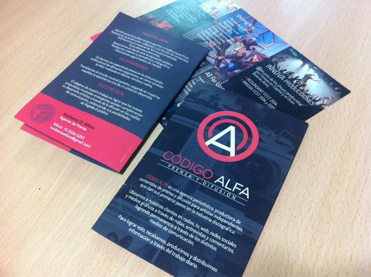 Últimos trabajos: Diseño e impresión de brochures para Código Alfa