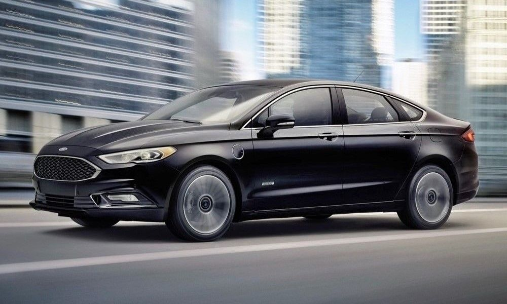 2017 Ford Fusion Energi Now Travels up to 610 Miles http