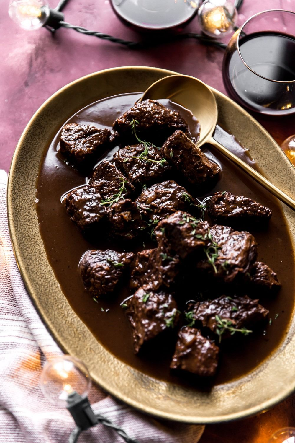 Red Wine Braised Beef Tips Kj And Company Recipe Braised Beef Braised Beef Tips Recipe Beef Tips