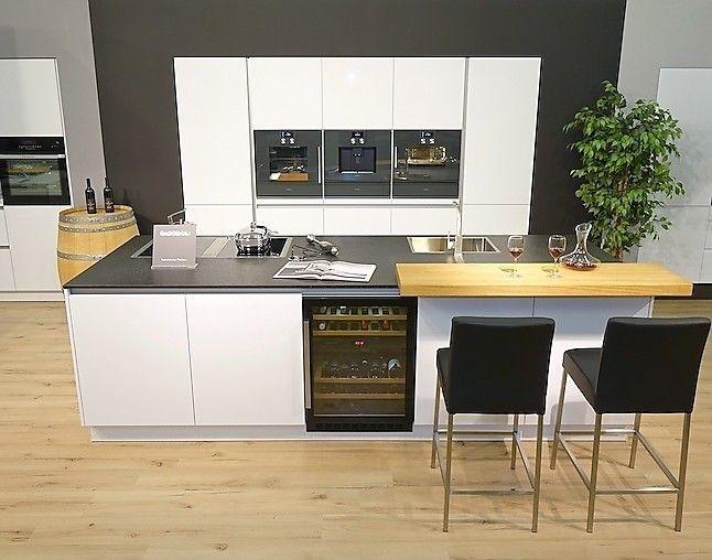 Weiße Hochglanz-Küche mit Steinplatte Home Pinterest - Küchen Weiß Hochglanz