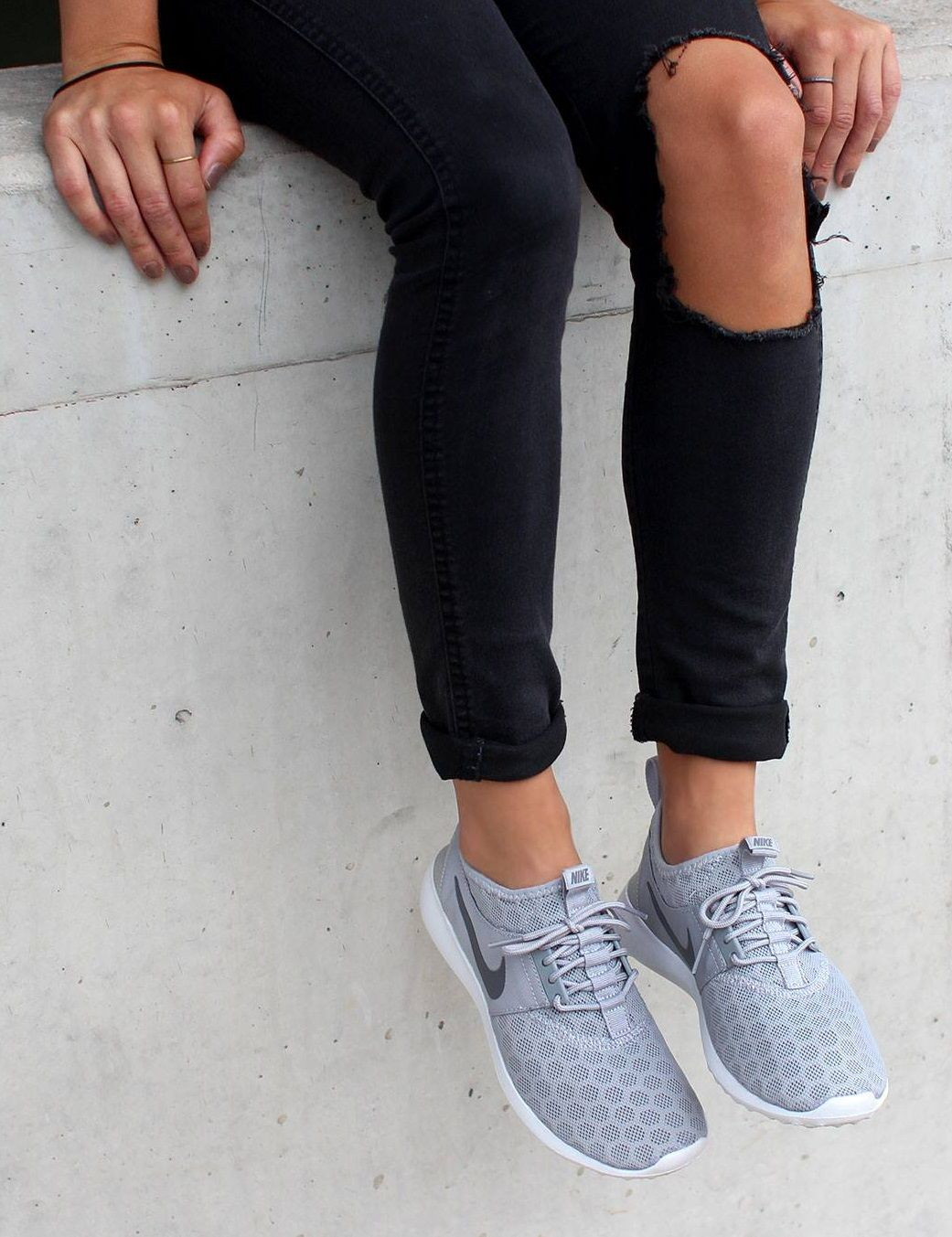 zapatillas nike mujer gris