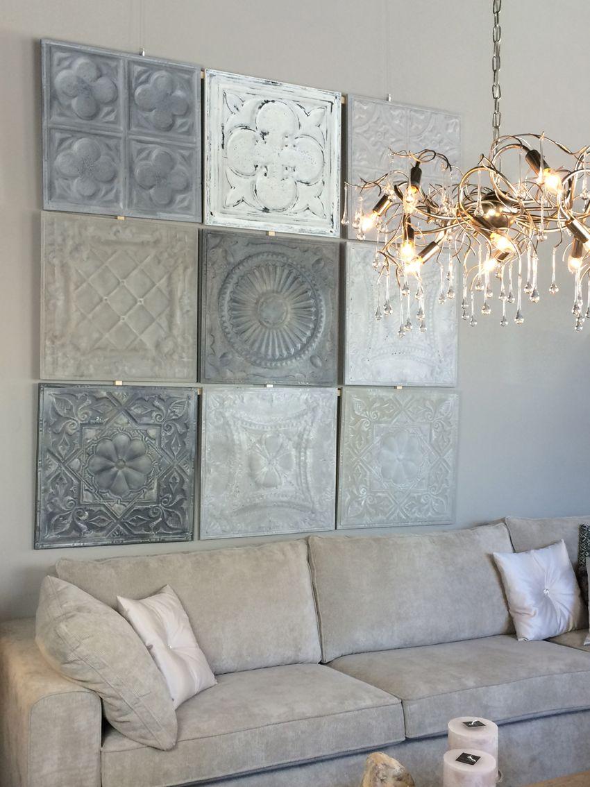 wanddecoratie gemaakt van wandpanelen van metaal deze