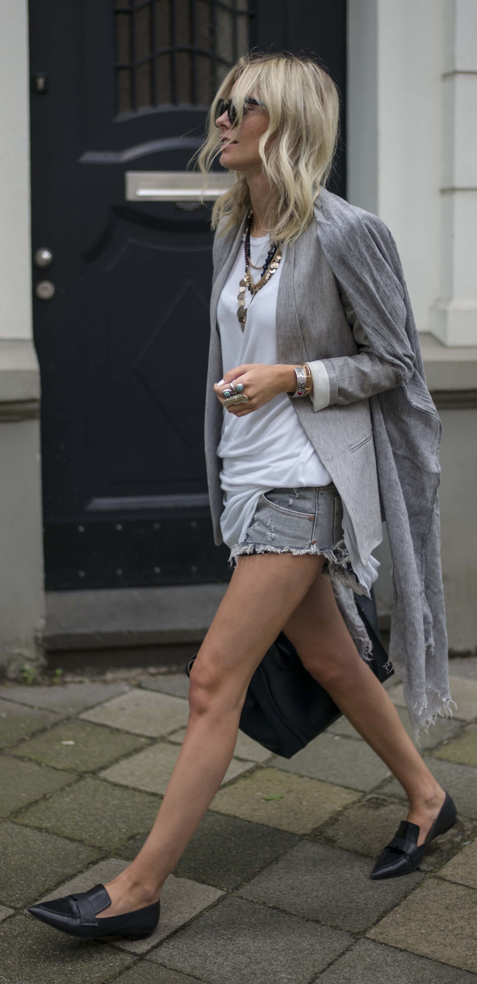 White And Grey Casual Cool Outfit