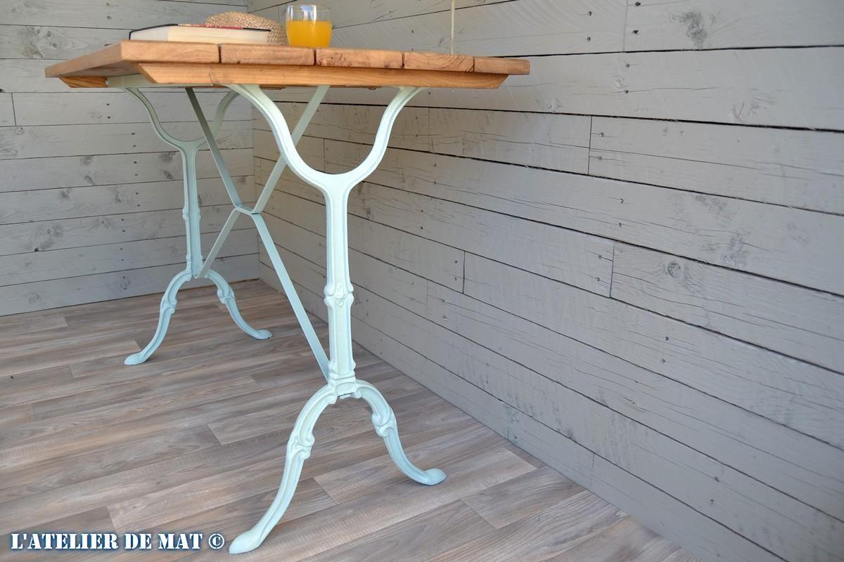 relooker une table bistrot rapidement et pour pas cher garden tables pinterest table. Black Bedroom Furniture Sets. Home Design Ideas