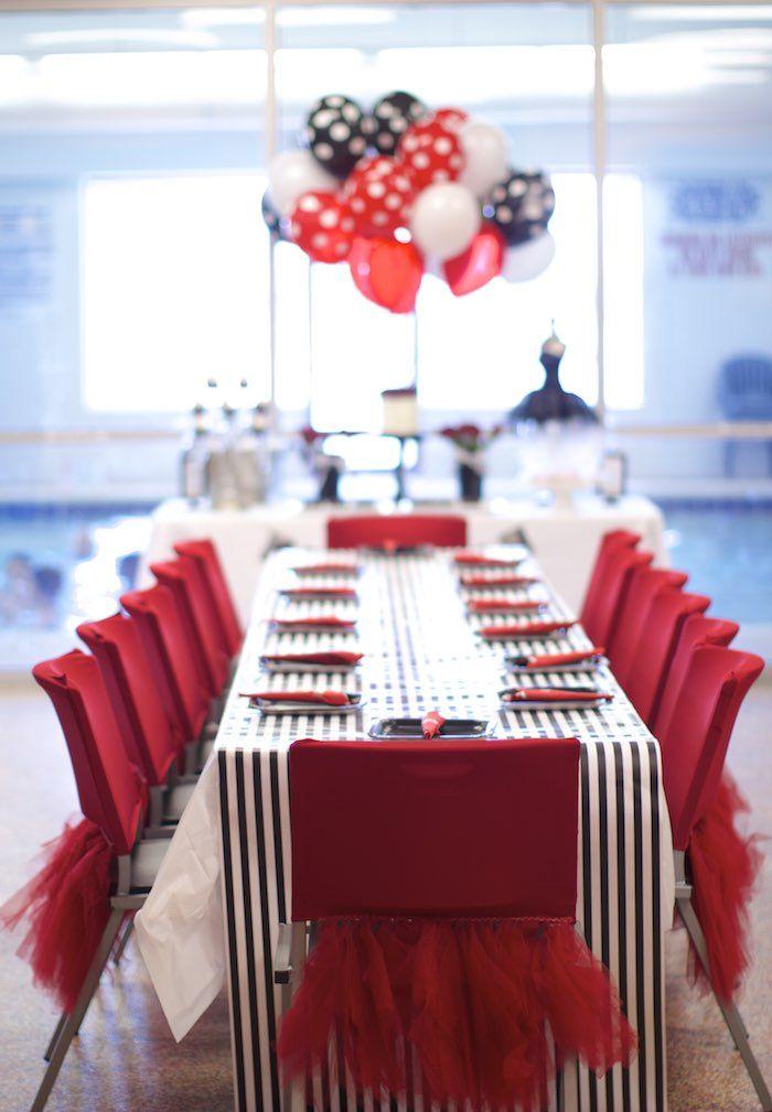 Black White Red Elegant Birthday Party Paleta de cores