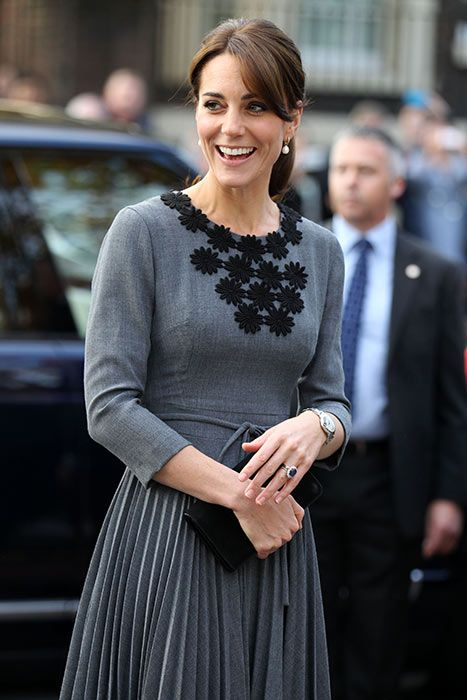 69149f5de020 Duchess Kate carries out solo engagements in London - Photo 2